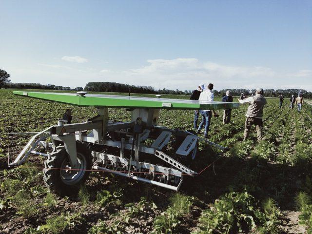 Robot agrícola autónomo y solar