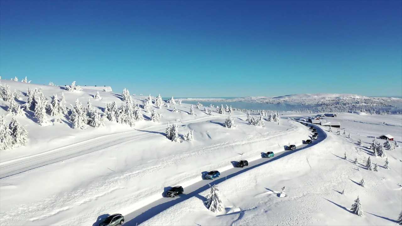 La prueba de rango de vehículos eléctricos de invierno con 20 automóviles revela los mejores vehículos eléctricos para clima frío