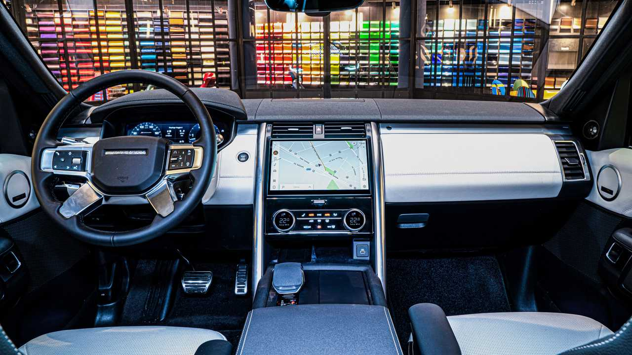 Coche de la tripulación Land Rover Discovery
