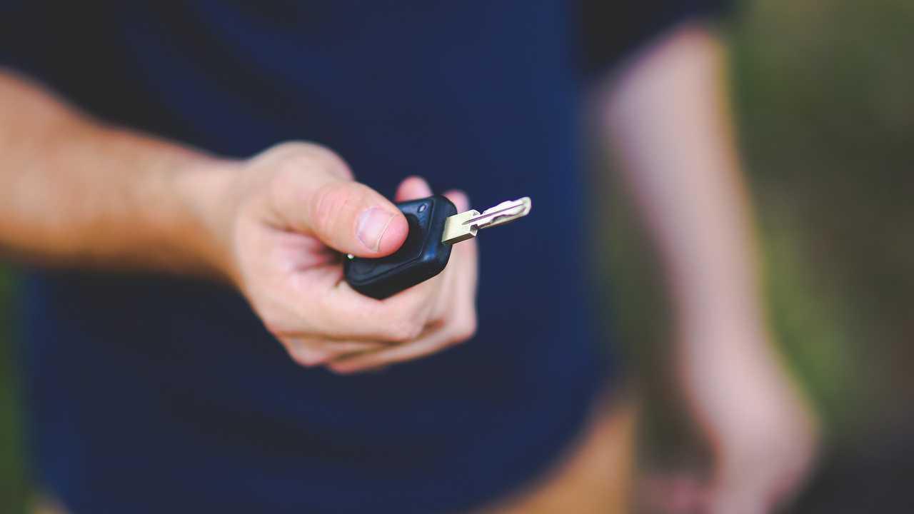 Cover Alquiler y car sharing, un boom frenado por la economía y la política