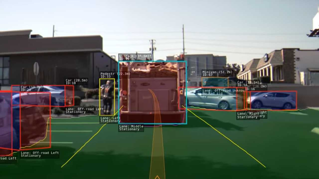 siguiendo un camión de bomberos con piloto automático Tesla (fuente: greentheonly)